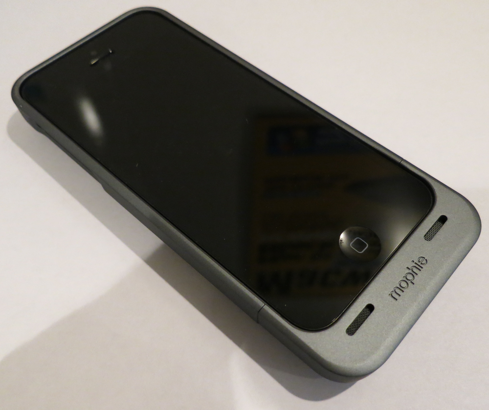outlet store 9d856 55d38 Hands on with Mophie's Juice Pack Helium for iPhone 5 | Macworld