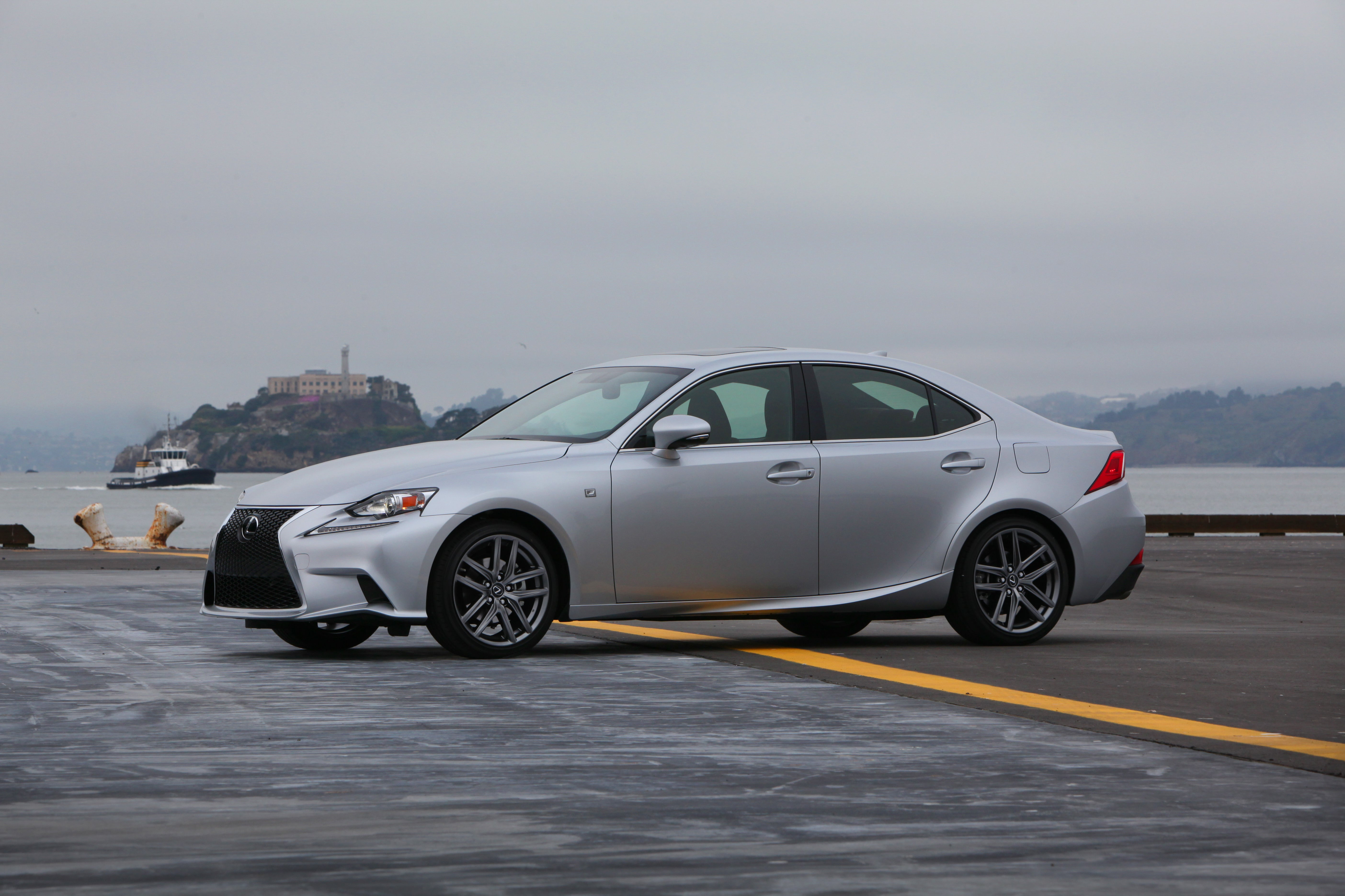 The 2014 Lexus IS 350 is techie without trying too hard | PCWorld