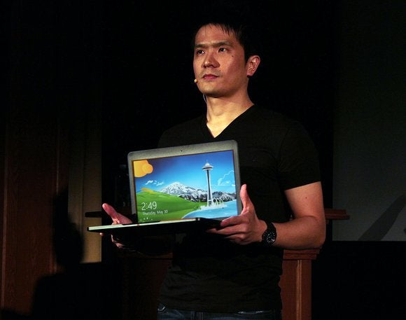 Hands on with the new Razer Blade, a gaming Ultrabook thinner than a Macbook Air
