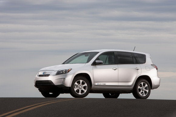 the 2013 toyota rav4 ev is the all electric suv i want with the range issues i can 39 t have pcworld. Black Bedroom Furniture Sets. Home Design Ideas