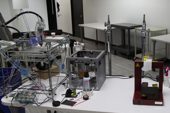 3D printers (RapMan 3.1, Solidoodle 2, Afinia H-series)