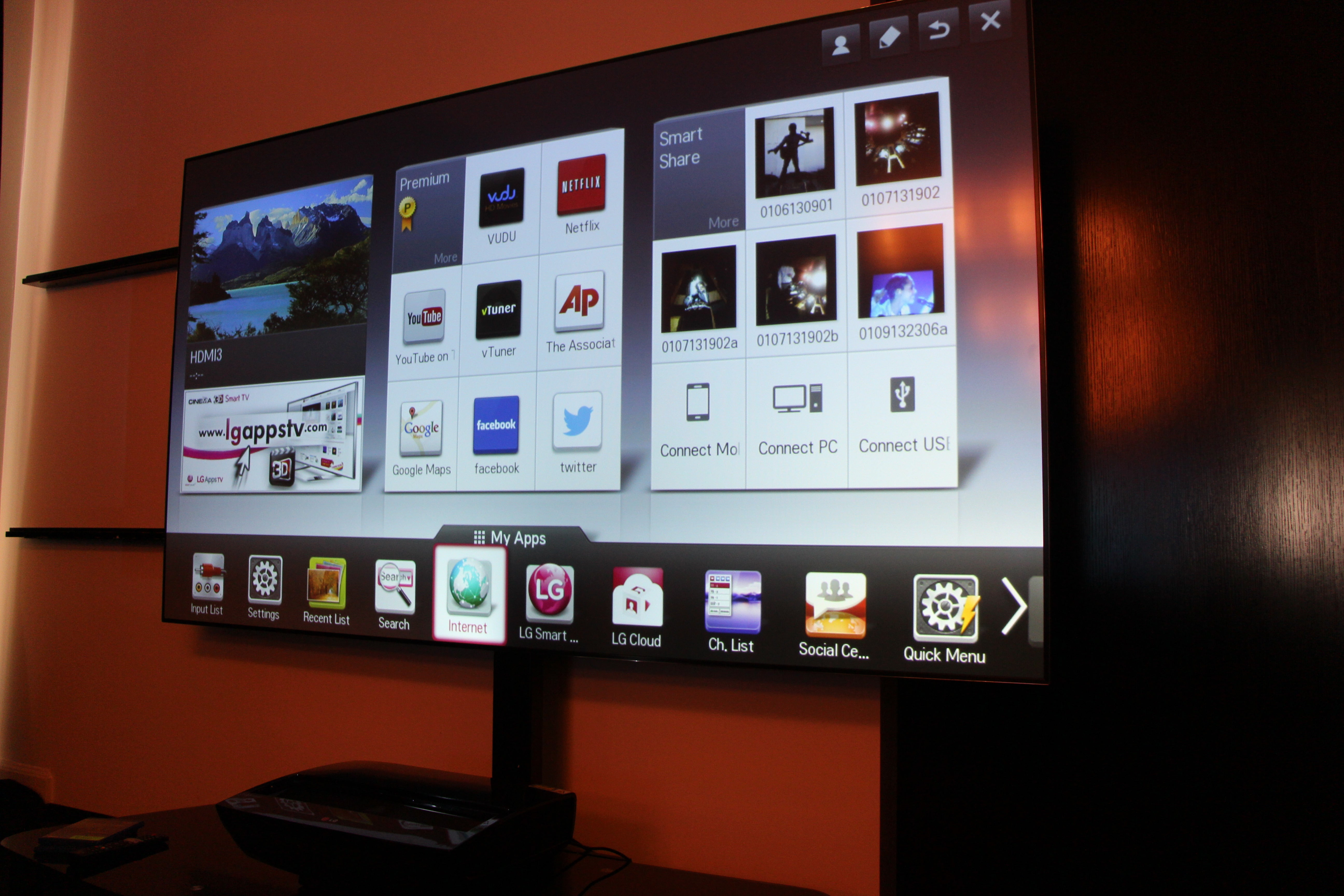 Hands-on with LG's 100-inch Hecto Laser TV | TechHive