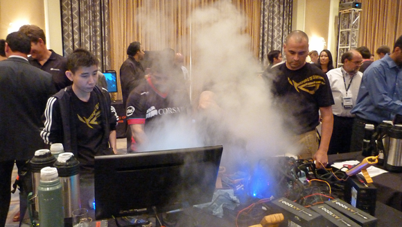 Overclocking with liquid nitrogen