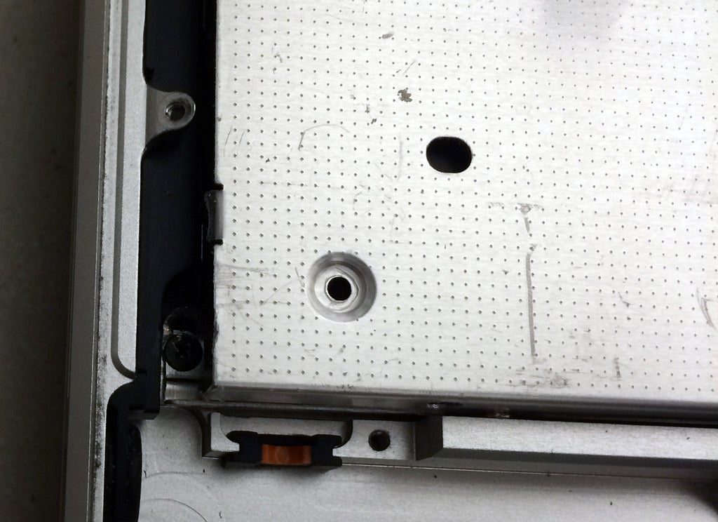 Advice from an Apple Tech: How to replace the optical drive in a Unibody MacBook  Pro with a second hard drive | Macworld