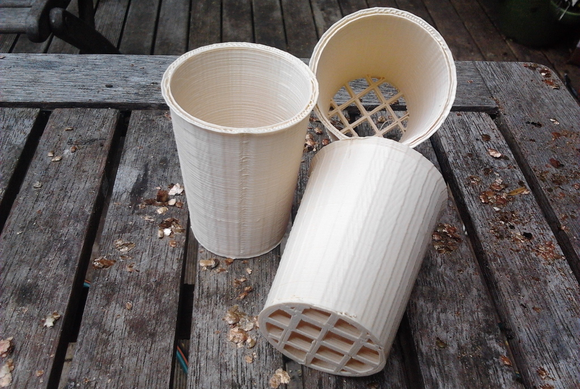 hydroponic planter pots 3d printed from compostable pla