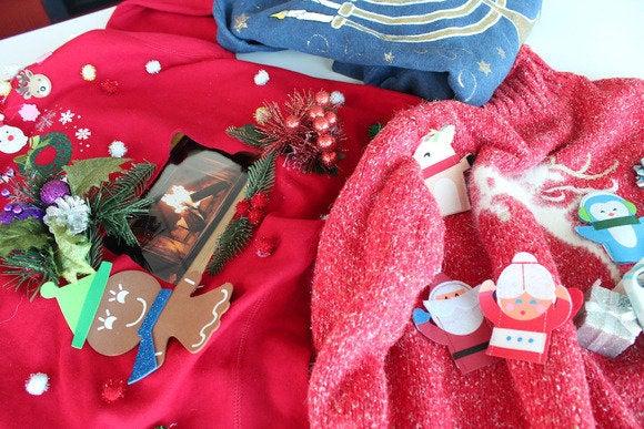 holidaysweaters primary
