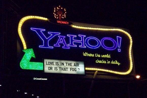 yahoo love air fog sign