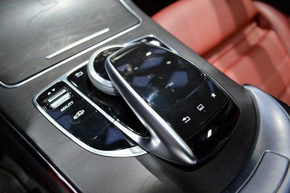 2015 mercedes mercedes benz c class touchpad naias detroit auto show jan 2014