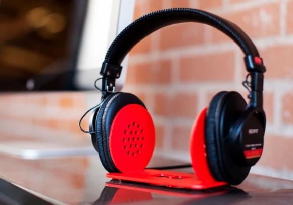 heckler design headphone stand