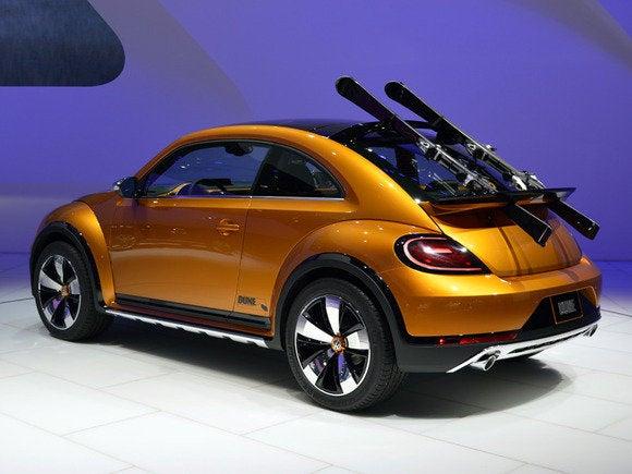 volkswagen vw beetle dune naias detroit auto show jan 2014