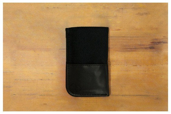 durables iphone 5 black 1024x1024