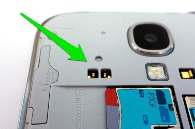 Add wireless charging to your Galaxy S4 in 2 minutes   Greenbot