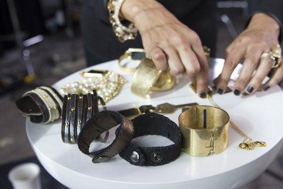 Cuff_jewelry