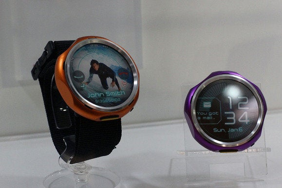 kyocera wearable phone concept mwc2014