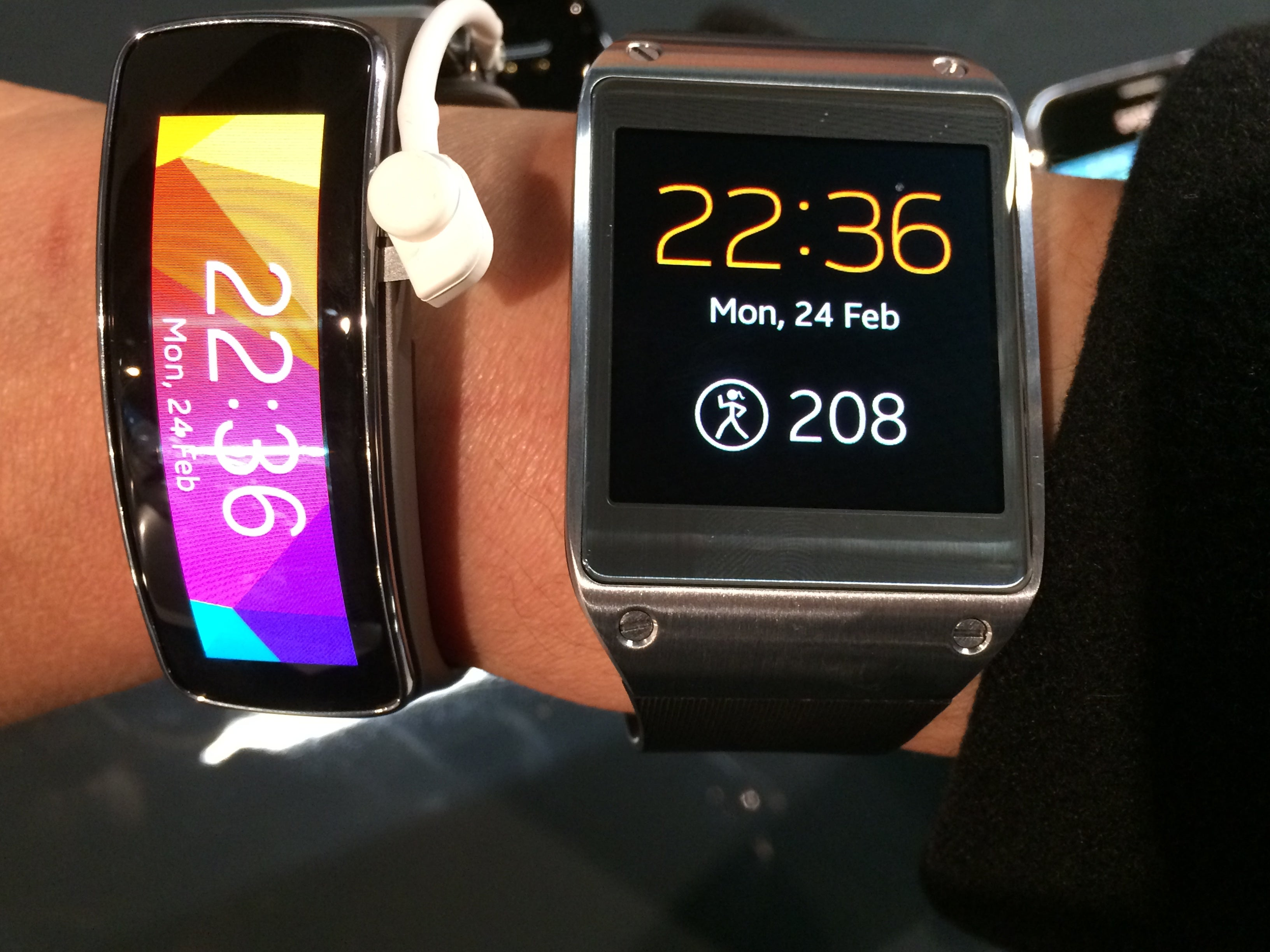 about vs fit and on to gear talking watches samsung watch the flex hands neo galaxy