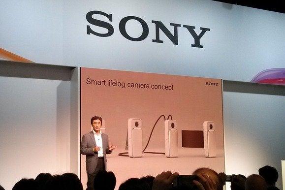 Lifelog camera concept