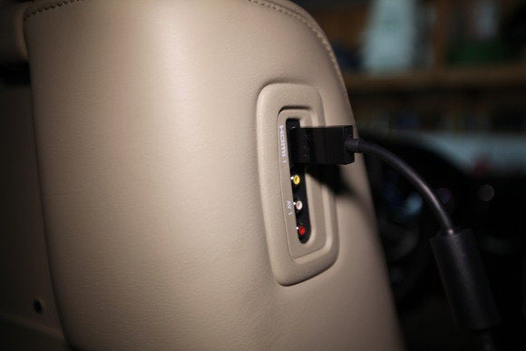 2014 dodge durango hdmi port with cable
