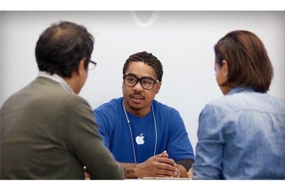 apple store genius bar april 2013