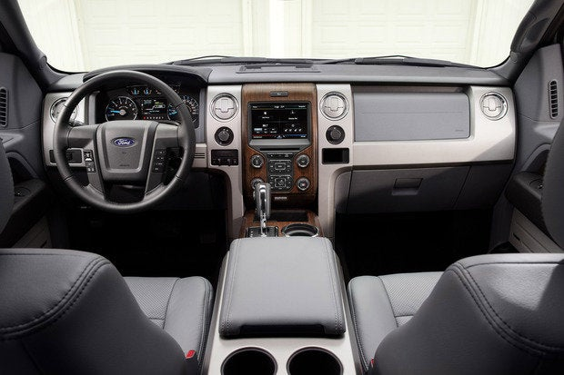 2014 ford f150 cockpit