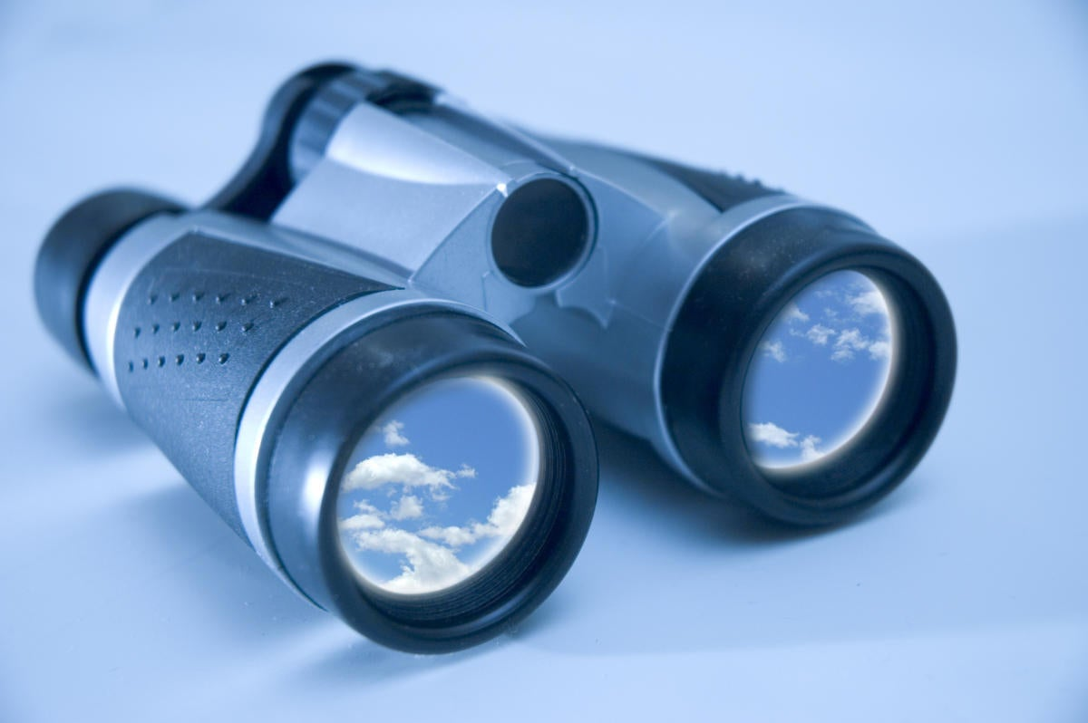 binoculars 139709989