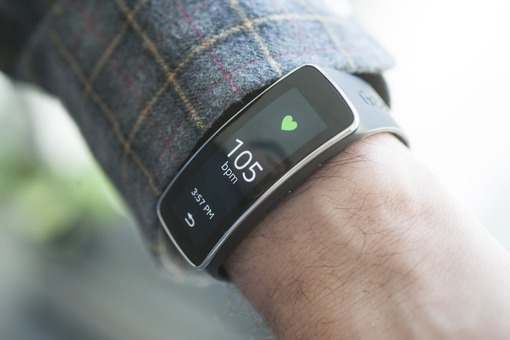 Samsung Gear Fit review: A dazzling wrist wearable with ...