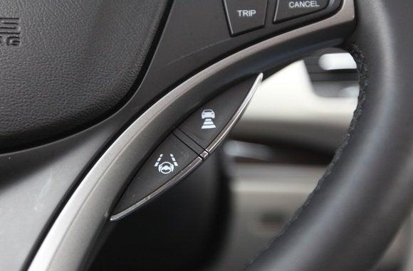 2014 acura rlx forward collision button