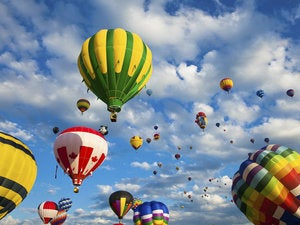hot air balloons 153837832
