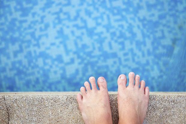 swimming pool 168812304