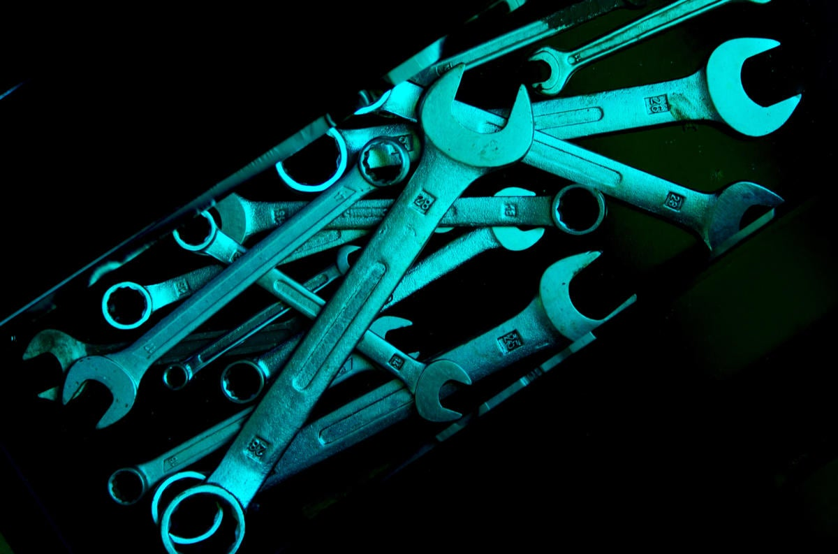tools wrenches repair