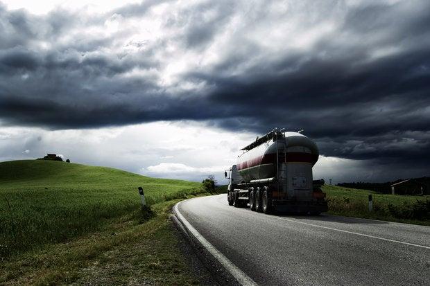 truck 147912696
