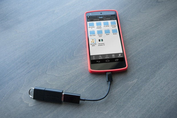 How To Hook Up A Usb Flash Drive To Your Android Device