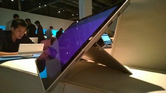 Surface pro 3 hinge