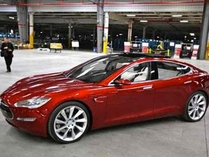 Tesla Recruits Hackers to Boost Vehicle Security