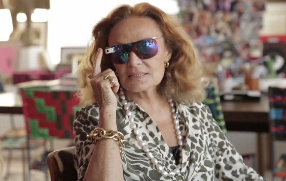 dvf wearing glass 3