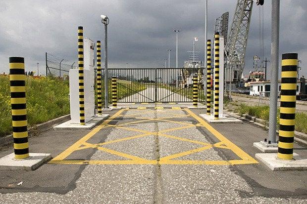 entrance barrier