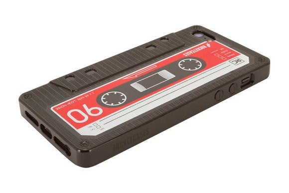 rocketcases retrocassette iphone