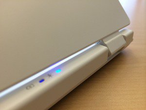 acer chromebook 13 top hinge detail july 2014