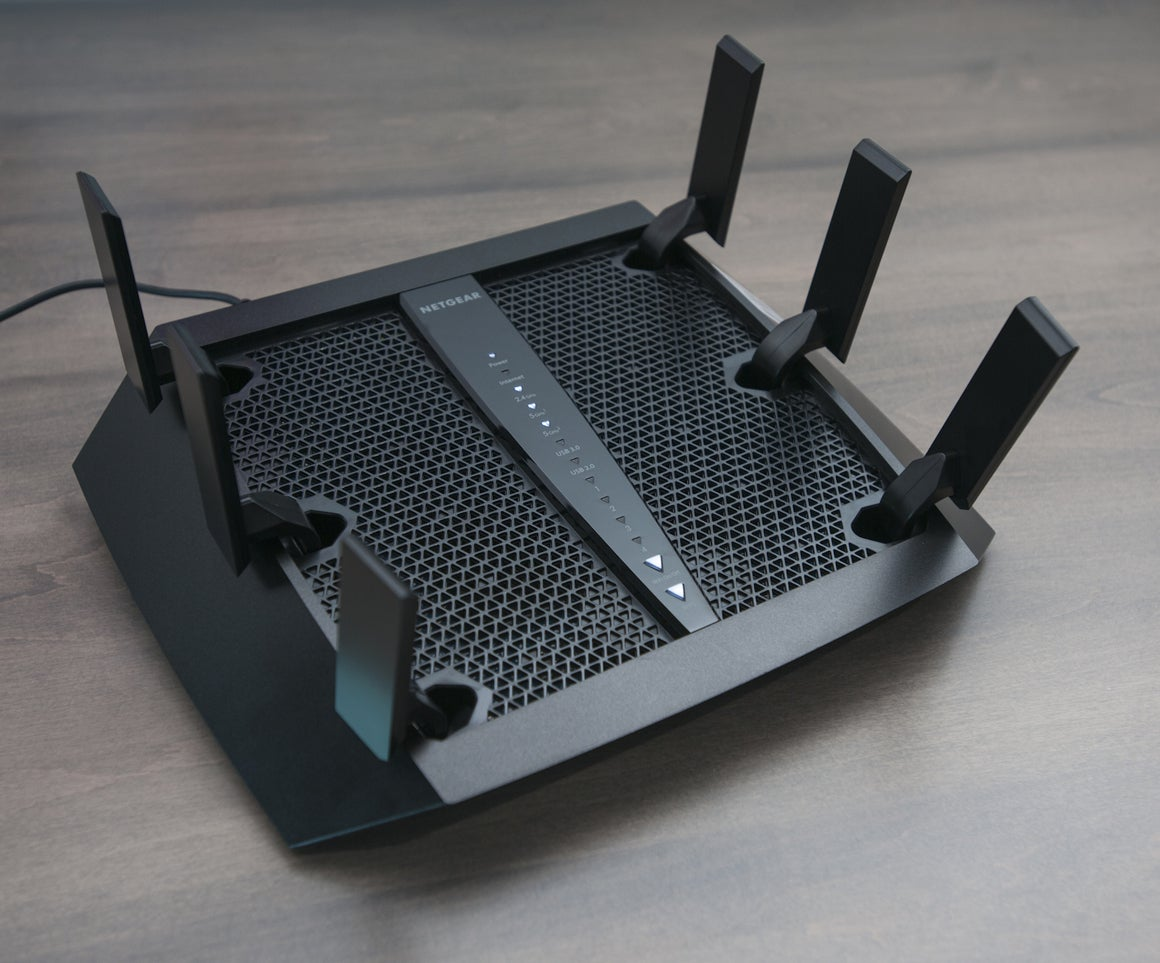 Hands-on Netgear Nighthawk X6 (R8000) Wi-Fi router review | PCWorld