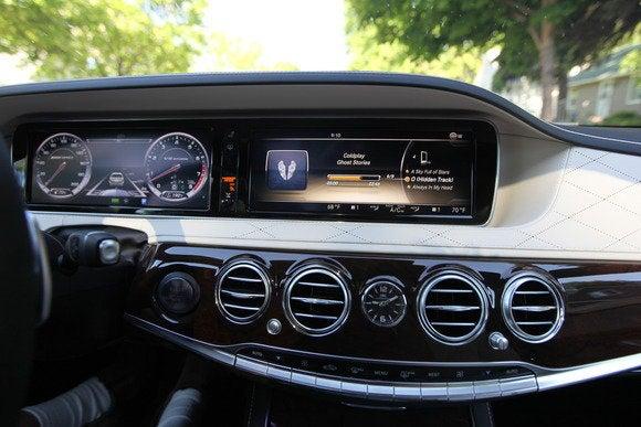 2014 mercedes benz s63 amg dashboard
