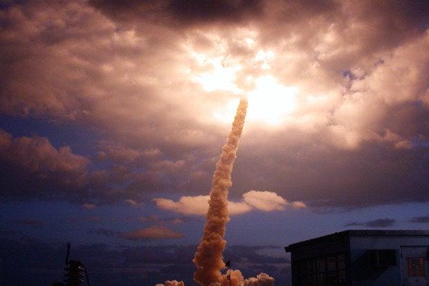 Columbia launch, 2002
