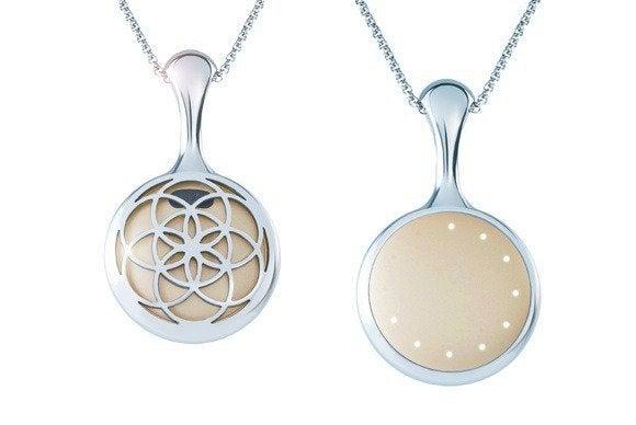 misfit shine bloom necklace