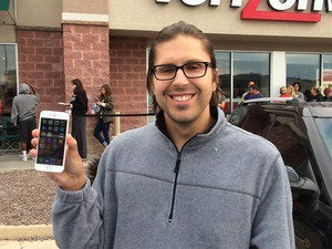 apple fanboy with iphone6