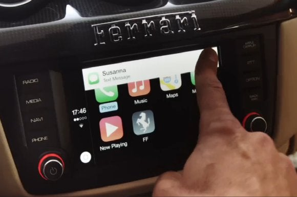apple carplay ferrari sep 2014