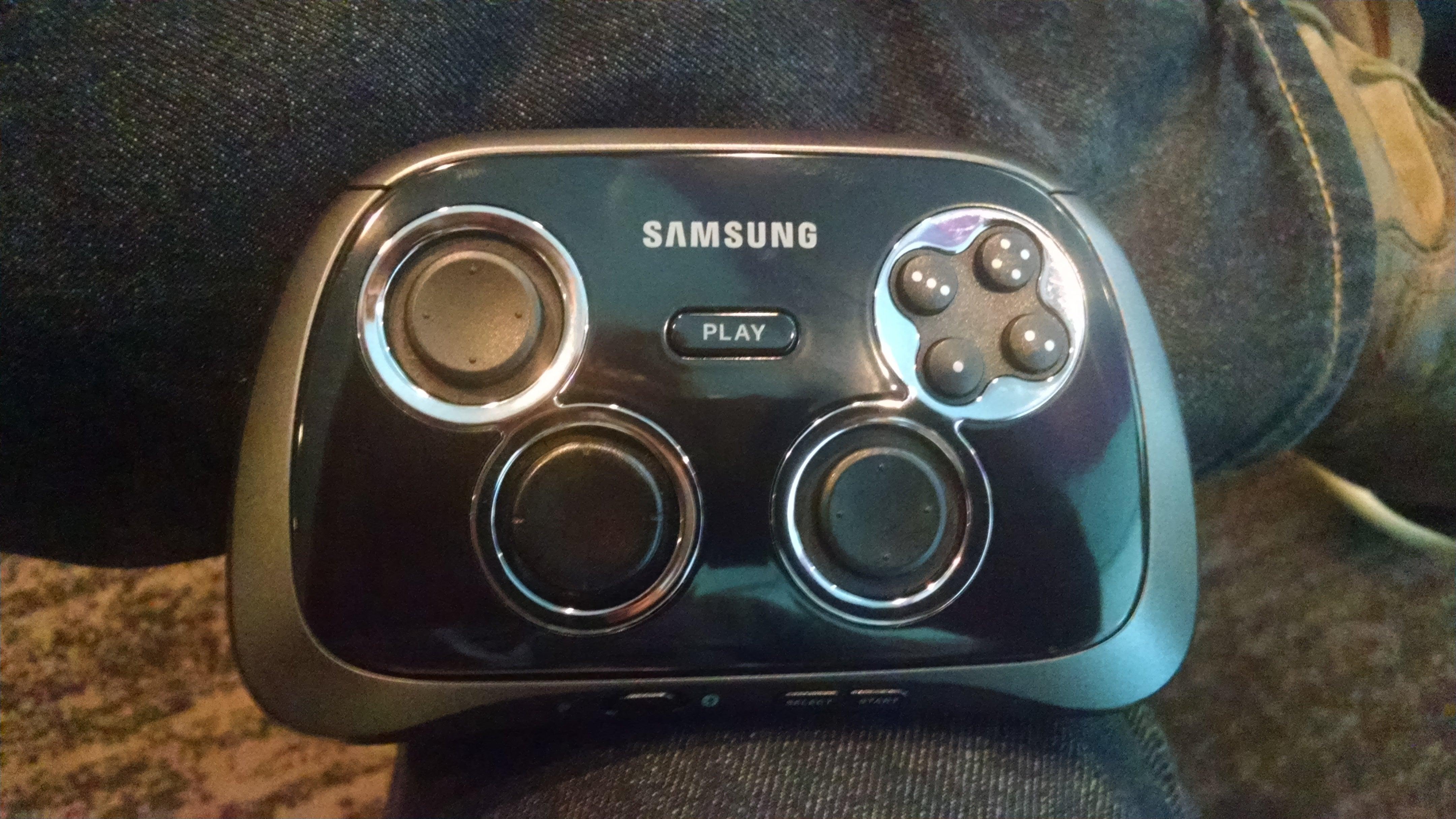 Samsung Gear VR headset hands-on: Better than the Oculus Rift (in