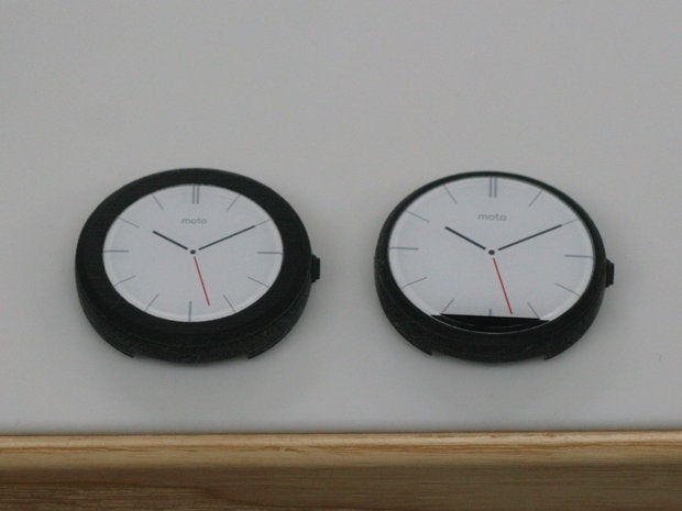 moto 360 faces closeup