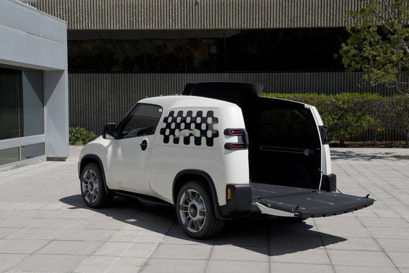 toyota u2 concept interior rear quarter tailgate resized