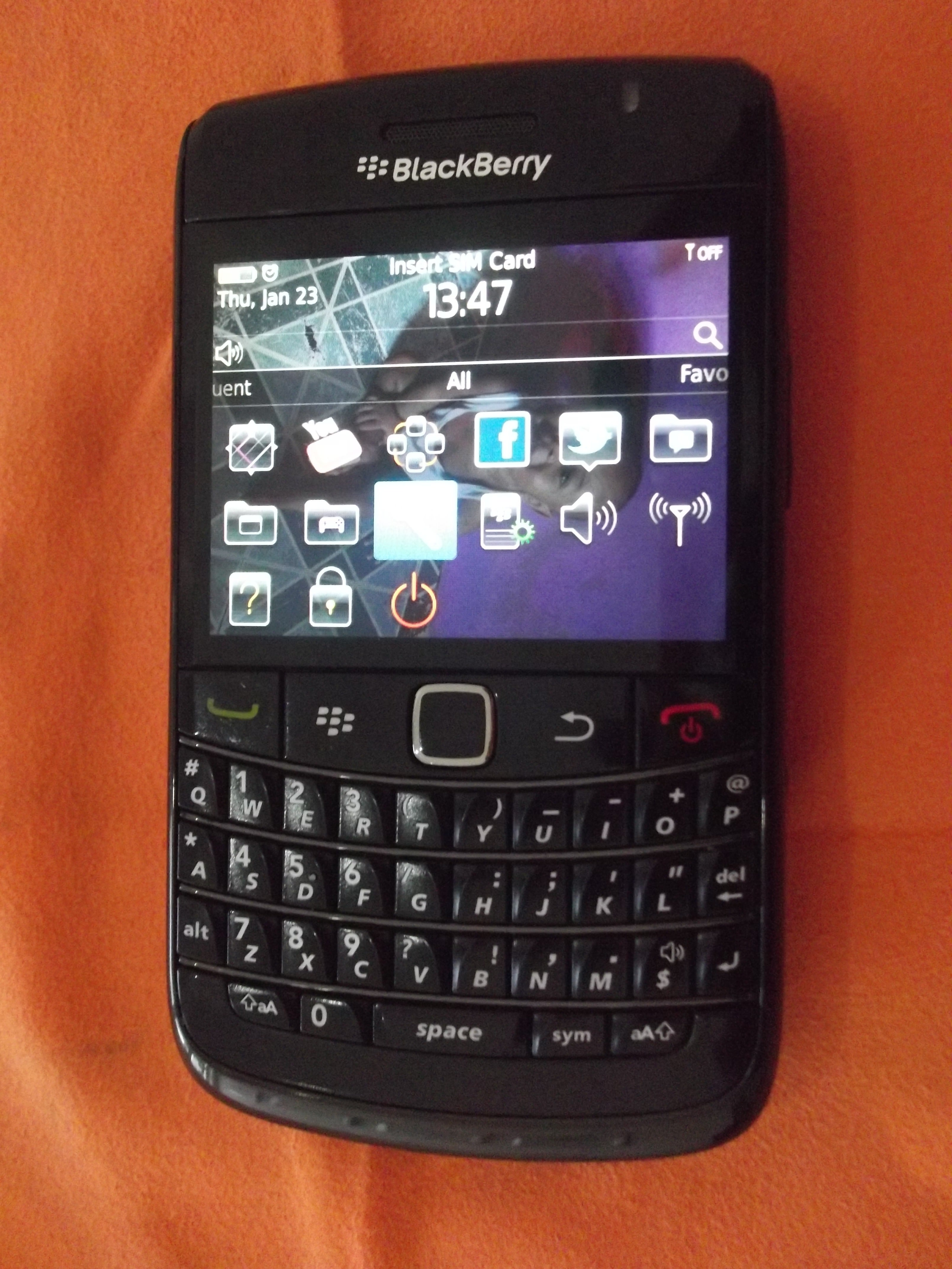 Blackberry Promises A Blast From The Past With Classic Bold