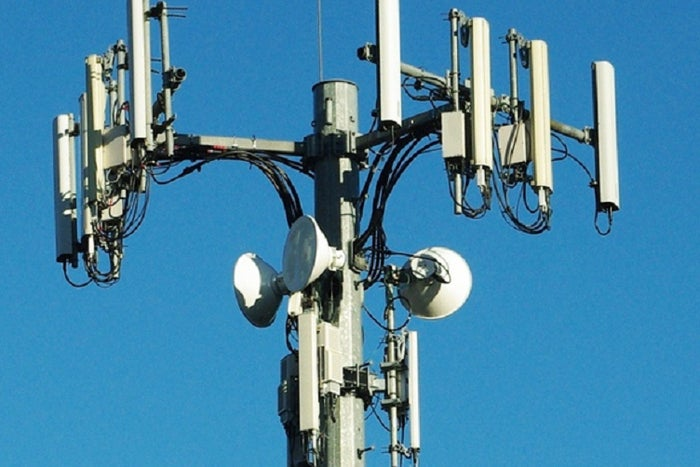 Verizon nabs another speed crown as low-cost carriers lag far behind ...