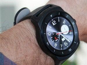 g watch r wrist3