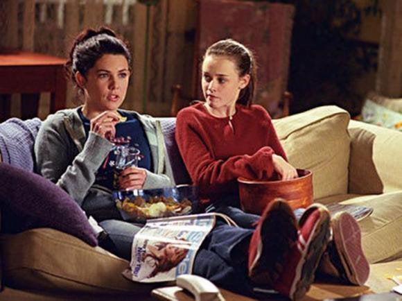 gilmoregirls couch